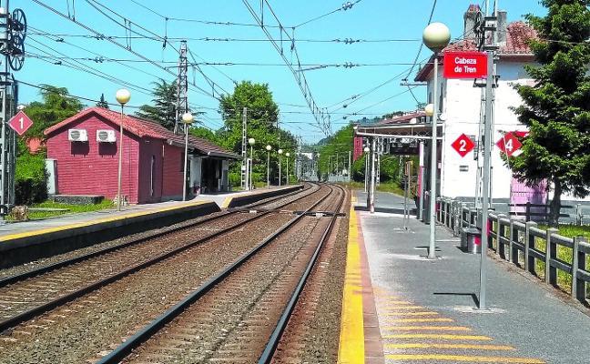 Adif construirá en la estación de tren un paso inferior con ascensores