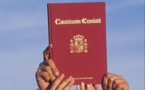 La Constitución impide convocar elecciones ahora