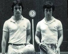 1973. Dos mil parejas de gemelos y veinte trillizos en la plaza de la Trinidad