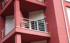 Muere un bebé tras caer desde un segundo piso en Cantabria