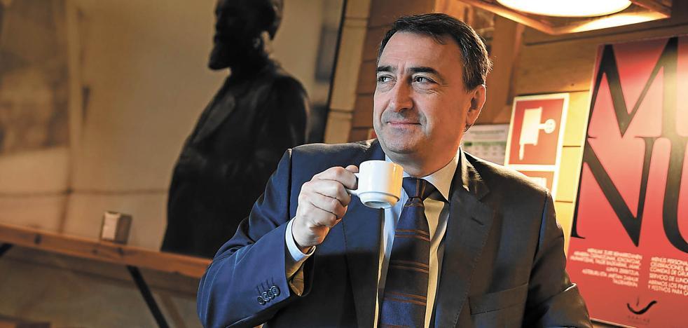 Esteban: «Facilitaremos que el Gobierno de Sánchez dure hasta el final de la legislatura»
