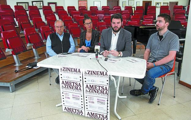 Emilio Aseguinolaza, Juncal Eizaguirre, Jokin Babaze y Eneko Amundarain. /F. DE LA HERA