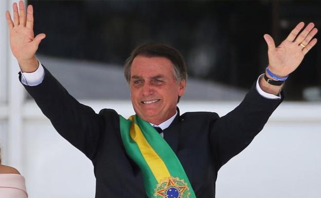 Bolsonaro destituyó a uno de sus ministros