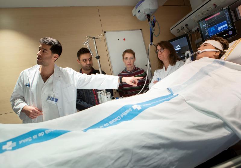 Médicos 'reviven' a mujer tras más de 6 horas en paro cardíaco