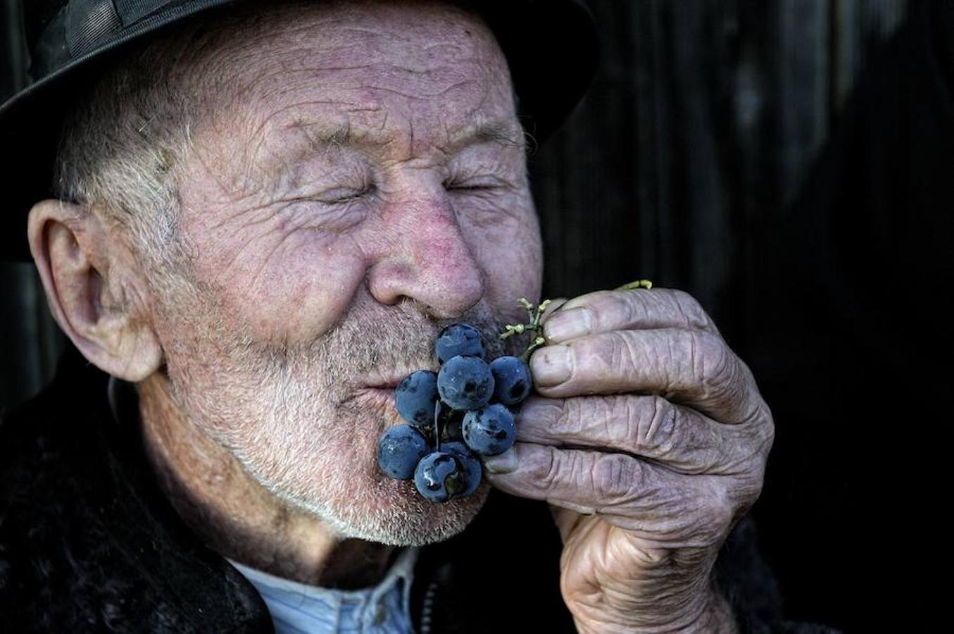 Joy of a Farmer, Romania
