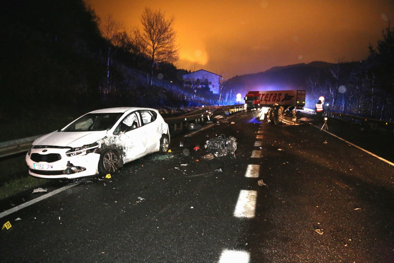 Tres fallecidos en un accidente en Azkoitia