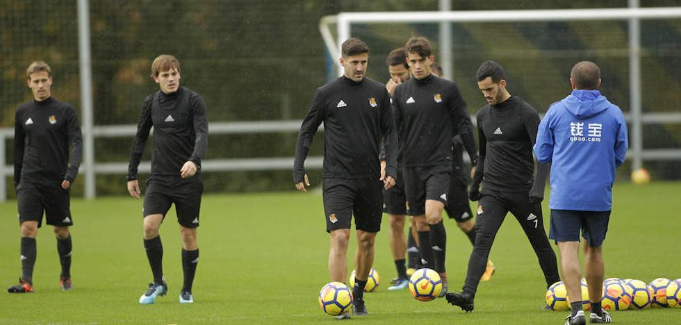 Eusebio trabaja con nueve jugadores de la primera plantilla en Zubieta