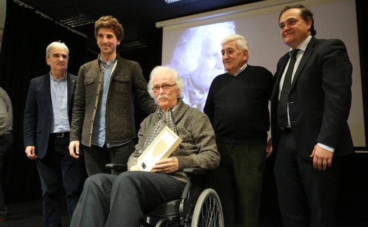 La Real Sociedad estrena la exposición 'sueños realistas'