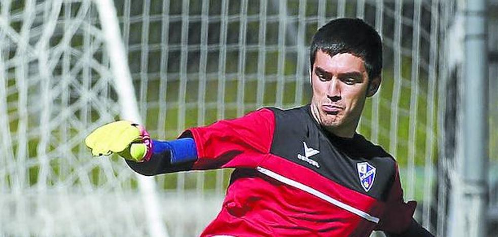 Ander Bardají (portero del Huesca): «Ni por asomo soñábamos con el ascenso, pero...»