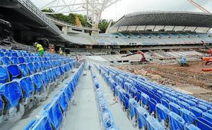 Anoeta ya luce sus nuevos asientos
