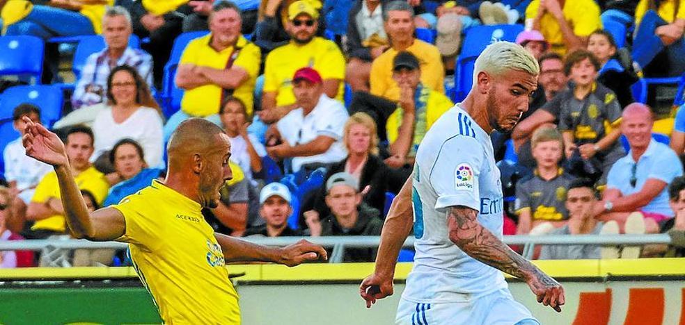 Theo Hernández ve con buenos ojos la opción de jugar en la Real Sociedad