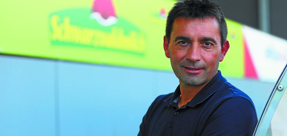 Asier Garitano: «Oyarzabal lo da todo por la Real Sociedad, está centrado y entrenándose muy bien»