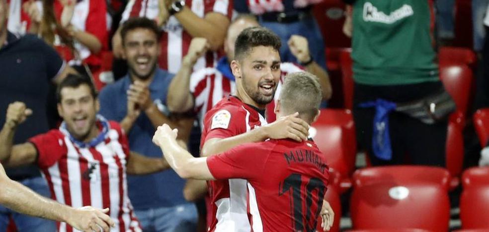 Nolaskoain, a punto de renovar con el Athletic a pesar del interés de la Real Sociedad