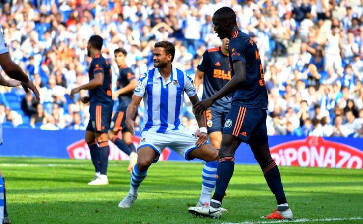 La Real Sociedad cede ante el Valencia