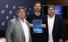 Xabi Alonso, preparado para entrenar en Primera
