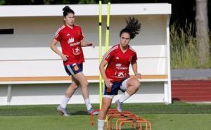 Nahikari García, despreocupada por el gol: «¡Como si lo tiene que meter Paños!»