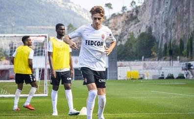 Robert Navarro, nuevo jugador de la Real Sociedad para las próximas tres temporadas