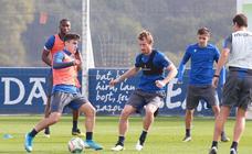 Las imágenes del entrenamiento de la Real en Zubieta