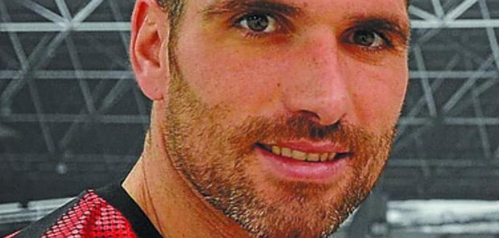 El Eibar se resigna a perder buena parte de su gen vasco