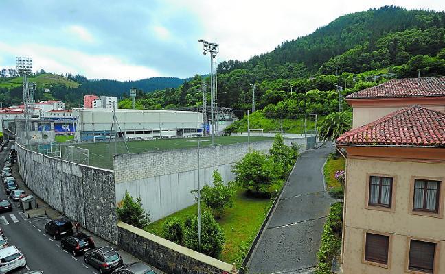 El Eibar invertirá diez millones de euros en la Tribuna Oeste