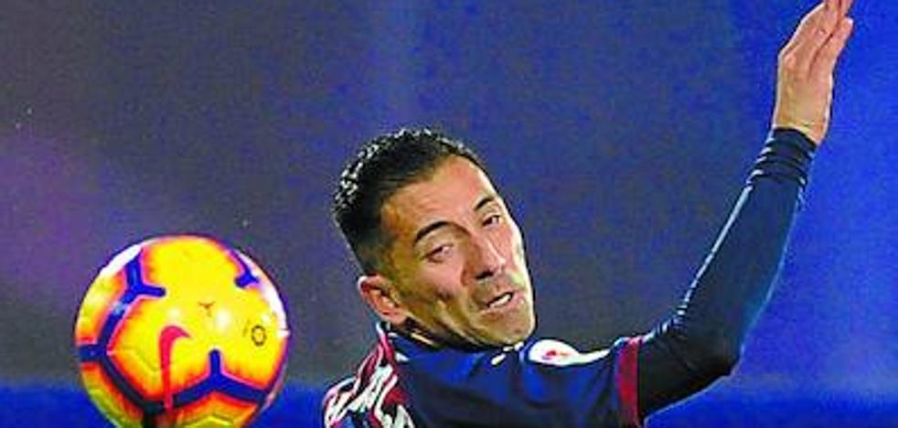 Uno a uno del Eibar en el empate frente al Valencia