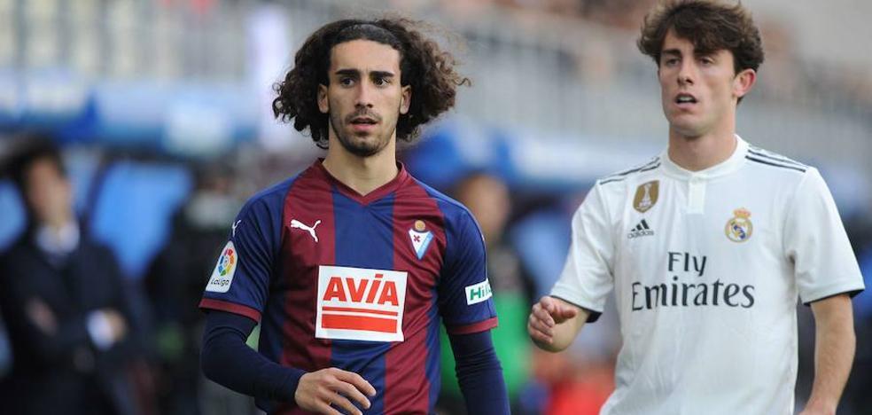 Cucurella vuelve a la lista y Escalante es duda para el Bernabéu