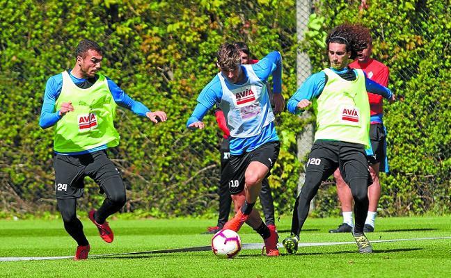 Mendilibar ha probado 28 alineaciones diferentes en 31 partidos esta temporada