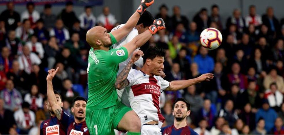 El Eibar cae ante el Huesca