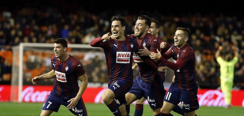 El Valencia es la siguiente cita del Eibar