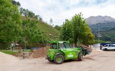 Las obras de sembrado del campo 1 de Atxabalpe marchan a buen ritmo