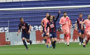 Vídeos: Mejores jugadas y goles del Eibar frente al Barcelona