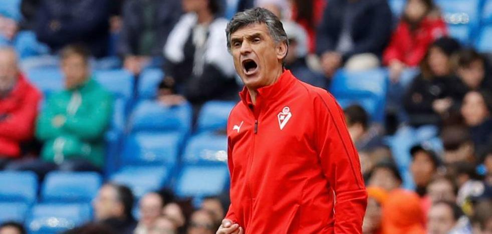 Mendilibar renueva una temporada más con el Eibar