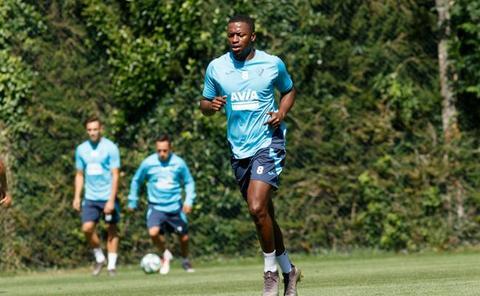 Diop, novedad en el entrenamiento