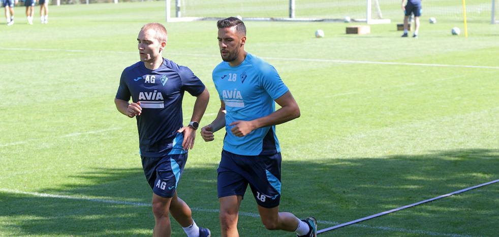 Esteban Burgos tampoco jugará ante el Levante