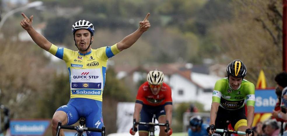 Alaphilippe repite victoria con un ciclismo espectacular y Roglic confirma su gran fortaleza