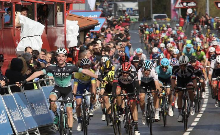 McCarthy se lleva la tercera etapa de la Itzulia