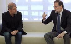 Rajoy dice que la creación de empleo «avanza con fuerza de manera sostenida»