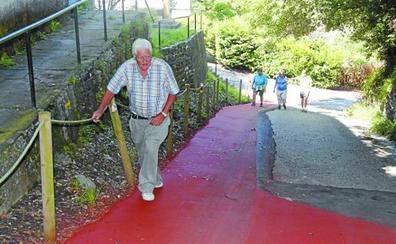 La Asociación Amigos del Camino de Santiago acondiciona dos caminos en Deba e Itziar