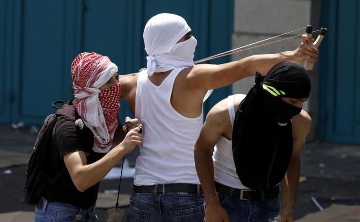Disturbios tras las oraciones en Belén