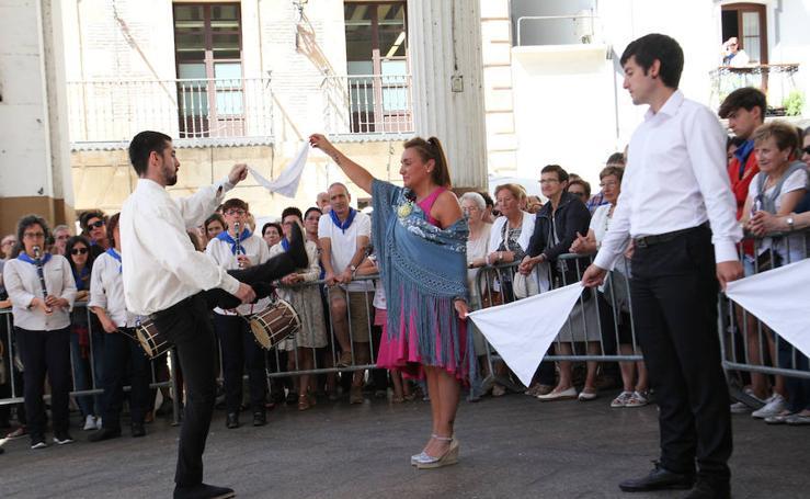 Ordizia revive la tradición de los Santaneros