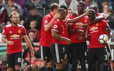 El Manchester United se abona al 4-0 y es más líder