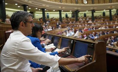 Madina formaliza su renuncia como diputado del PSOE en el Congreso