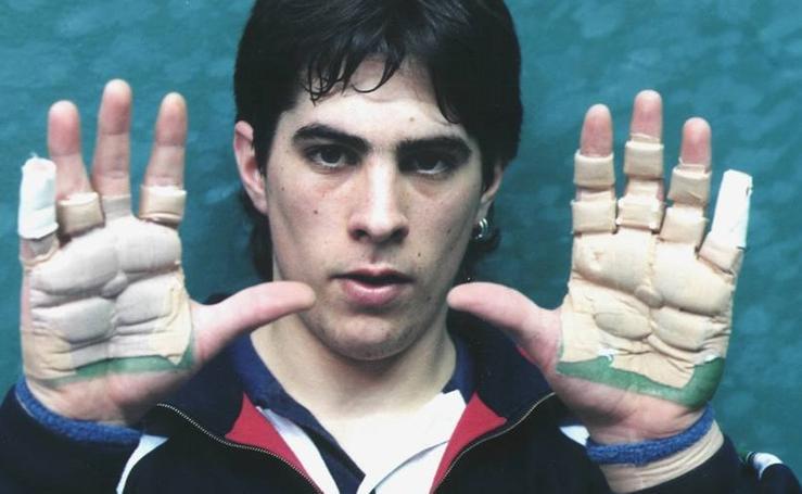 Mikel Goñi, sus mejores imágenes en el mundo de la pelota