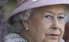 Isabel II entrena a su nieto Guillermo para ser rey