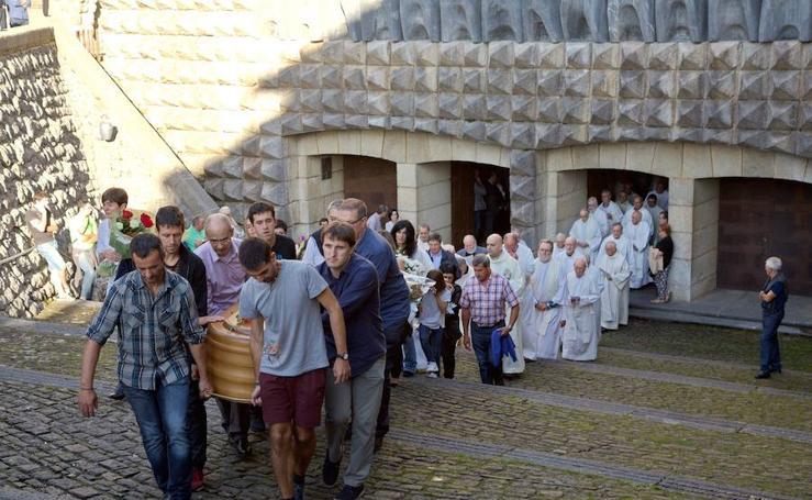 Último adiós a Iñaki Beristain en Arantzazu