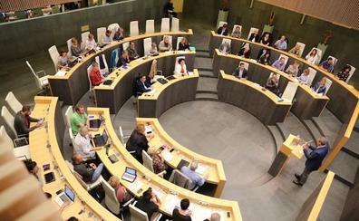 La oposición presenta 206 mociones al pleno de política general de Gipuzkoa