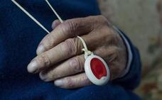 El servicio de teleasistencia vasco llegará a domicilios sin teléfono fijo