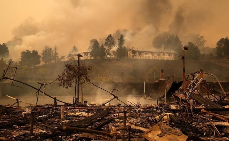 California, bajo las llamas