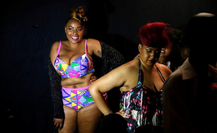 Kenia rompe costuras con su Fashion Weekend Plus-Size
