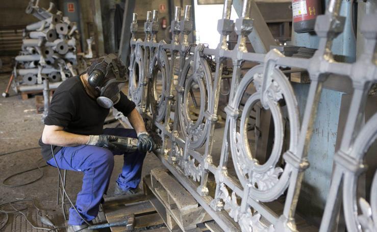 Una forja asturiana fabrica la barandilla